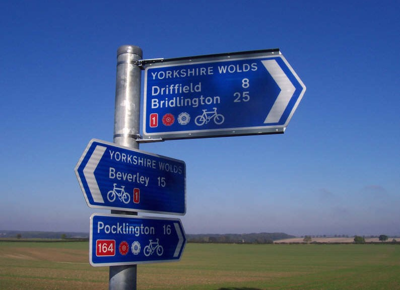 Yorkshire Wolds Cycle Route sign